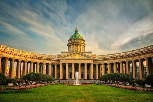Веб-камера Санкт-Петербург - Казанский собор в реальном времени